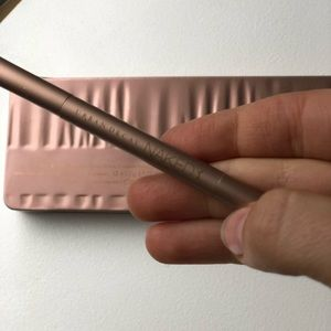 Urban Decay Makeup - Urban Decay Naked 3 eyeshadow palette